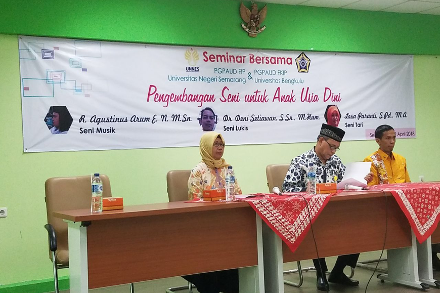Road Seminar Bersama PGPaud UNIB 11-16 April 2018
