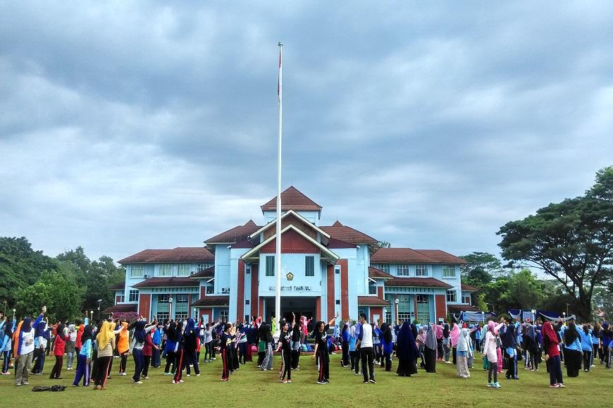 Senam Bersama dalam Rangka Dies Natalis UNIB ke 36