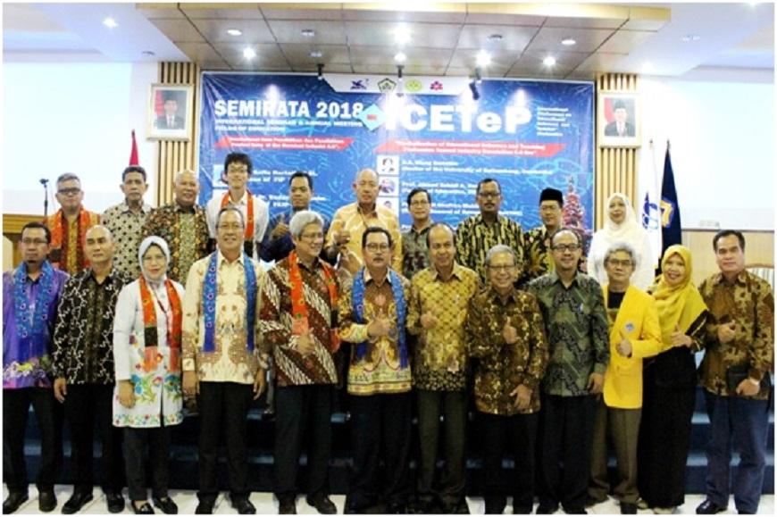 FKIP Universitas Bengkulu Sukses Gelar Kegiatan SEMIRATA BKS-PTN Barat dan ICETeP 2018