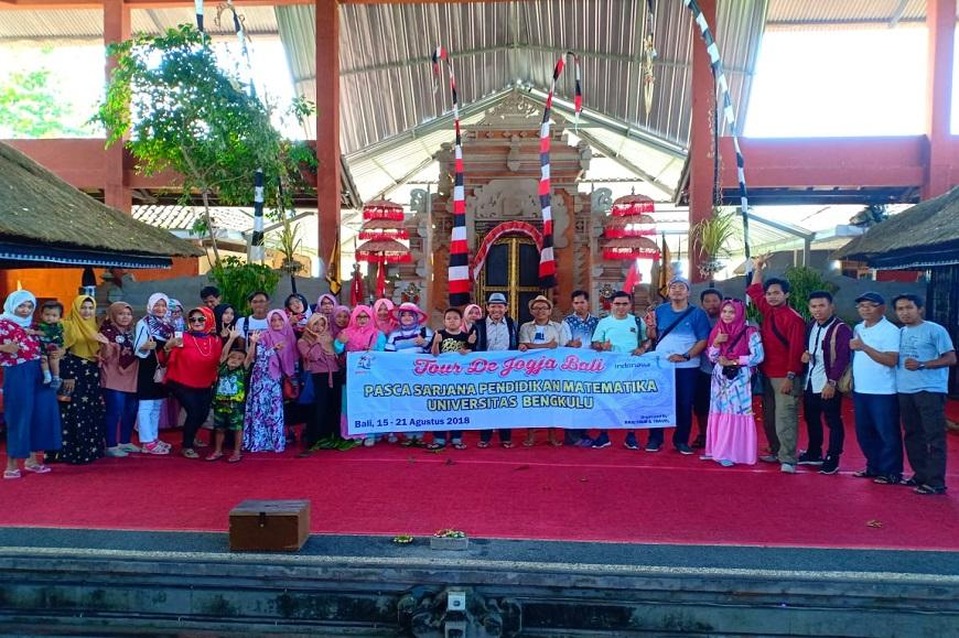Kegiatan S2 Pendidikan Matematika FKIP mengikuti Seminar Internasional dan Tour de Djogja Bali
