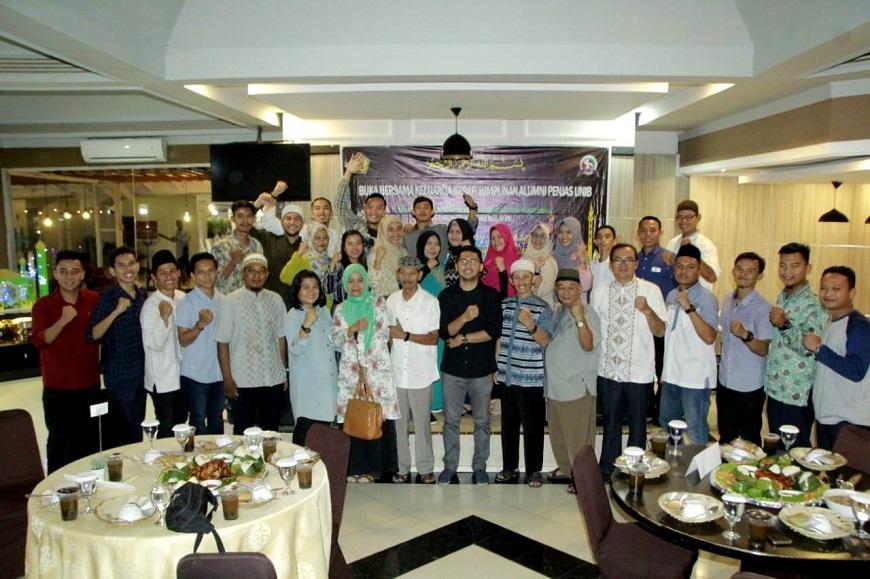 Kegiatan Buka Bersama dan Bakti Sosial Ramadhan 1440 H Himpunan Alumni Penjas FKIP UNIB